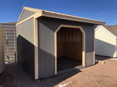 10X12 Loafing Shed 3