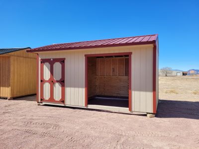 10x18 Loafing Shed w/Tackroom 11