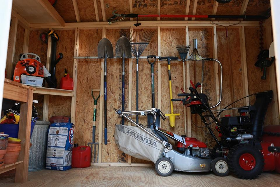 7 Reasons to Buy a Portable Garage Shed 1