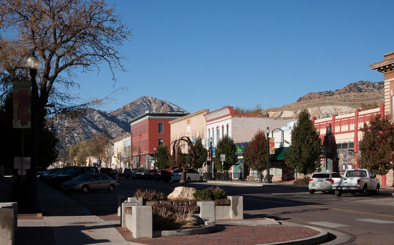 Art & Shopping in Historic Downtown Cañon City, Colorado 1