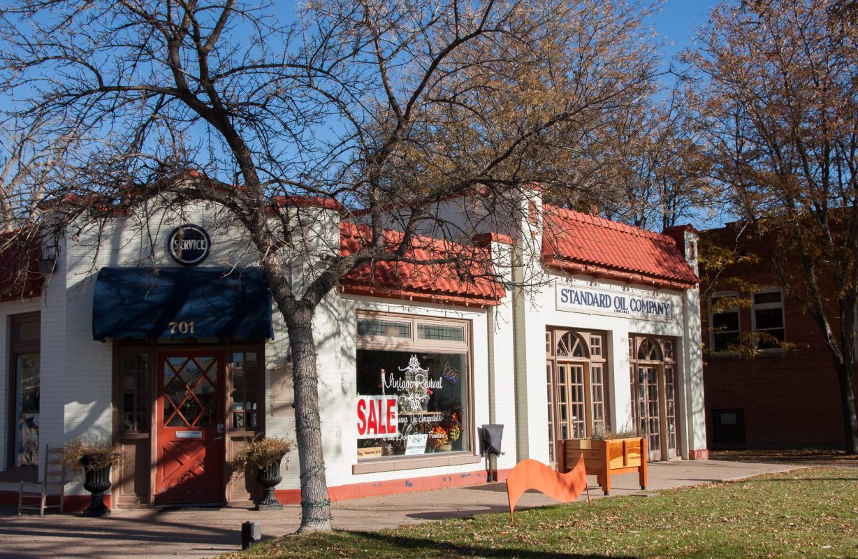Art & Shopping in Historic Downtown Cañon City, Colorado 10